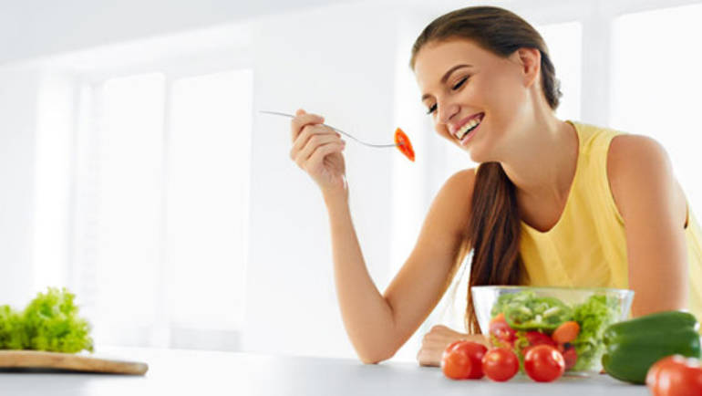 Nutrition and beauty: food tips for a healthy and balanced diet