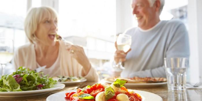 Alimentazione corretta menopausa